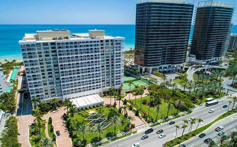 Why do Latinos prefer Miami to invest?